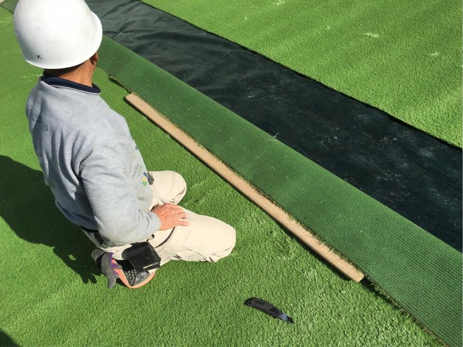 人工芝の施工1